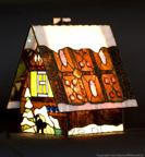 MAŁA LAMPKA | Domek z piernika witrażowa