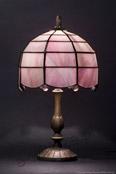MAŁA LAMPKA | Opalizujący róż witrażowa