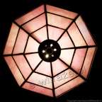 MAŁA LAMPKA   Opalizujący róż witrażowa